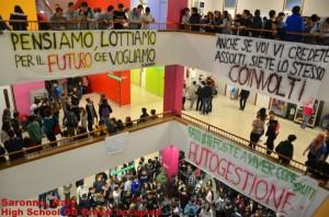 estudiantes ocupan facultad italiana