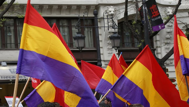 El PP ve inconstitucional la bandera republicana