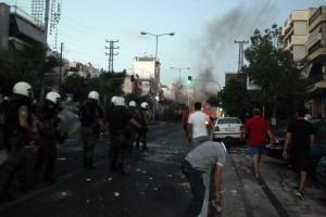 El asesinato de un músico de izquierdas en Grecia provoca una rebelión ciudadana antifascista