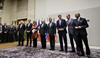 Irán se compromete a reducir parte de su programa nuclear a cambio del levantamiento de sanciones