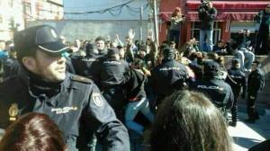 Cargas policiales en Alcázar de San Juan en las protestas vecinales contra la privatización del agua