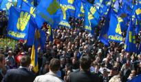 Gran Rabino insta a los judíos a abandonar Kiev por el terror al control de Svoboda en la capital