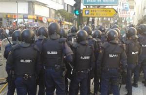 Carga policial contra pescadores en Galicia