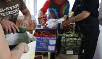 Tres millones de españoles necesitan los bancos de alimentos para poder comer - - Banco de Alimentos de Tetuán 15M
