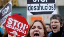 Todos los partidos españoles menos PP y UPyD se unen contra los desahucios en la Eurocámara