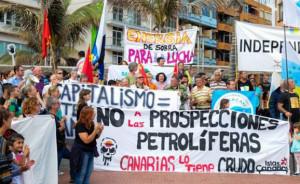 Protesta previa contra los sondeos de Repsol en Canarias autorizados por el Gobierno