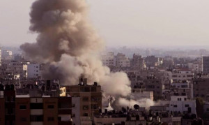 Israel viola el alto el fuego en Gaza inmediatamente rompiendo la tregua humanitaria