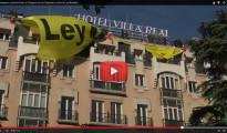 La Policía destruye la gran pancarta de Greenpeace contra la 'Ley Mordaza' frente al Congreso a pesar de los apoyos a los activistas
