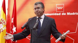 GRANADOS PRESENTARÁ MAÑANA SU RENUNCIA COMO SENADOR Y DIPUTADO AUTONÓMICO