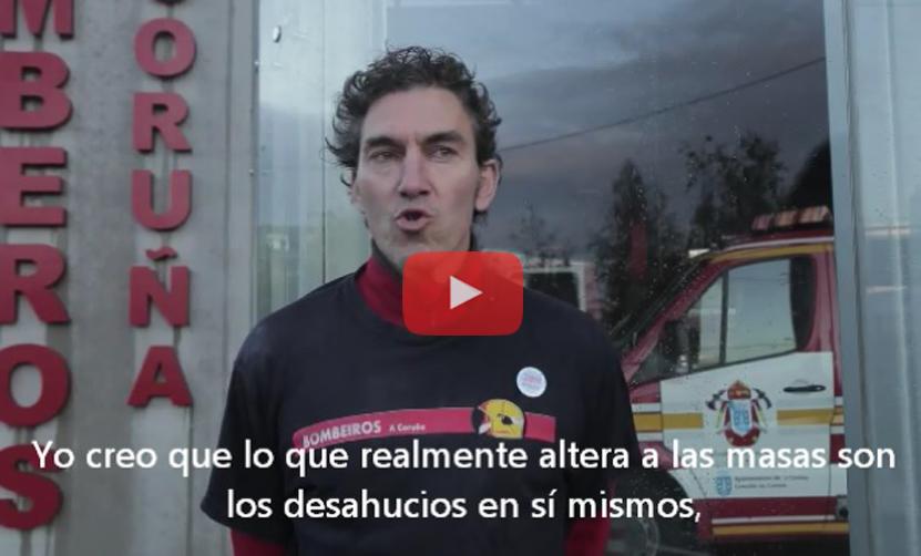 """(Vídeo) El bombero que se negó a desahuciar a una anciana: """"Soy inocente, lo que altera a las masas son los desahucios"""""""