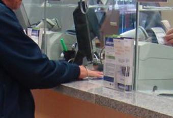 Facua denuncia ante el Banco de España a 11 bancos por prácticas abusivas
