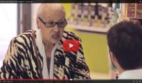 (Vídeo) Así reaccionan los enfermos que ven destruida su tarjeta sanitaria en la farmacia: una contundente campaña de Red Acoge contra la exclusión
