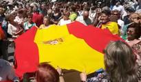 El fracaso de la manifestación contra Podemos deja dos periodistas heridos