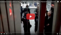 Alfonso Rus increpado a la salida del juzgado
