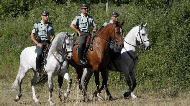 guardia-civil-caballo--644x362
