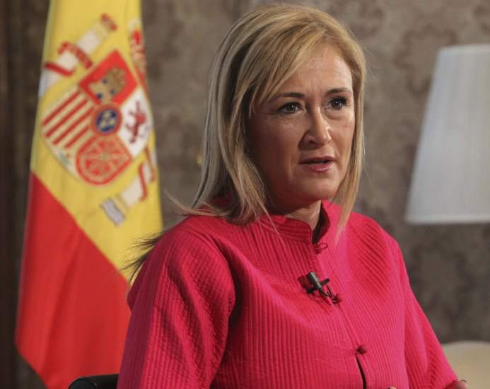 Cristina Cifuentes Jaque al Rey