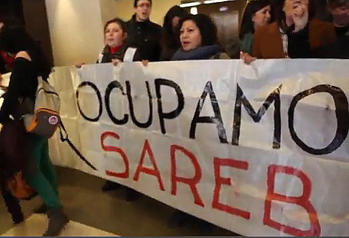 """21 activistas antidesahucios serán juzgados por el encierro en el """"banco malo"""""""