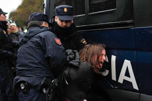 #HoyNosAmordazan: Indignación colectiva contra la Ley de Seguridad Ciudadana
