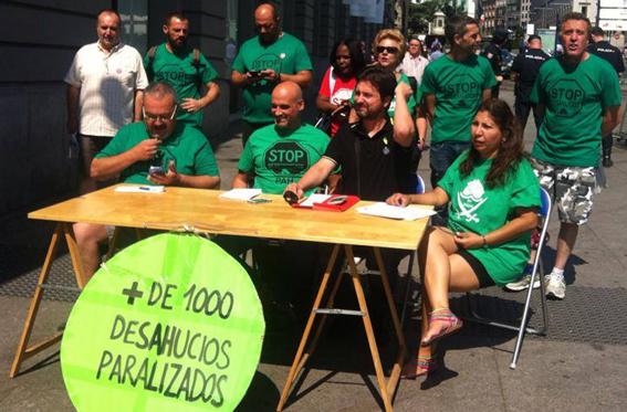 La PAH arremete contra PP y UPyD y exige a Rajoy acatar la sentencia europea